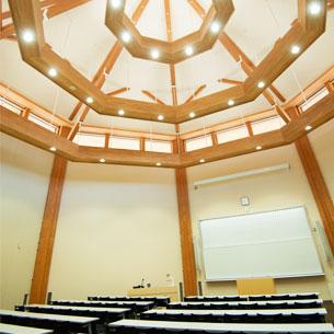 講義室C2