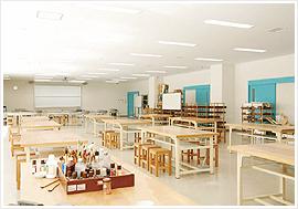 金工・木工・陶工実習室