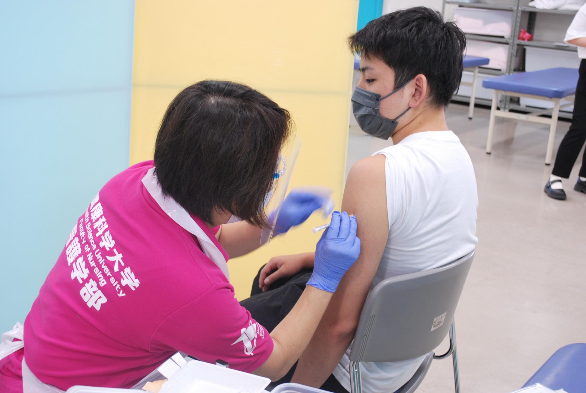 大学拠点接種(新型コロナウイルスワクチン職域接種)第2回目を実施しました サムネイル